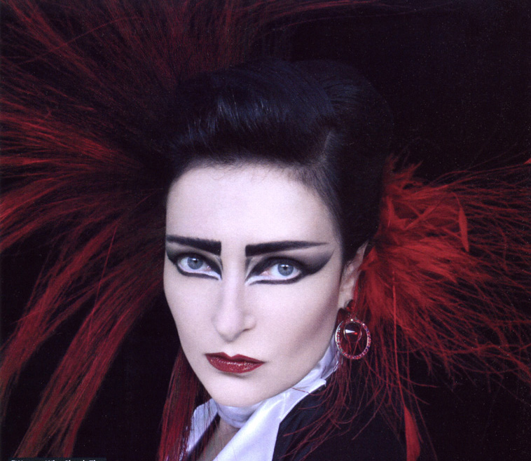 Siouxsie Sioux makeup! - The Student Room